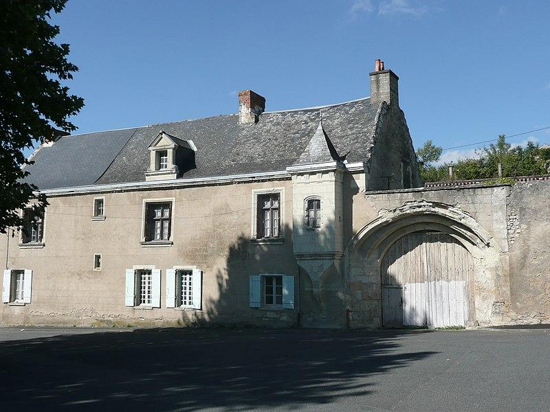 Photo du Monument Historique Presbytère de l'église Sainte-Catherine situé à Montreuil-Bellay