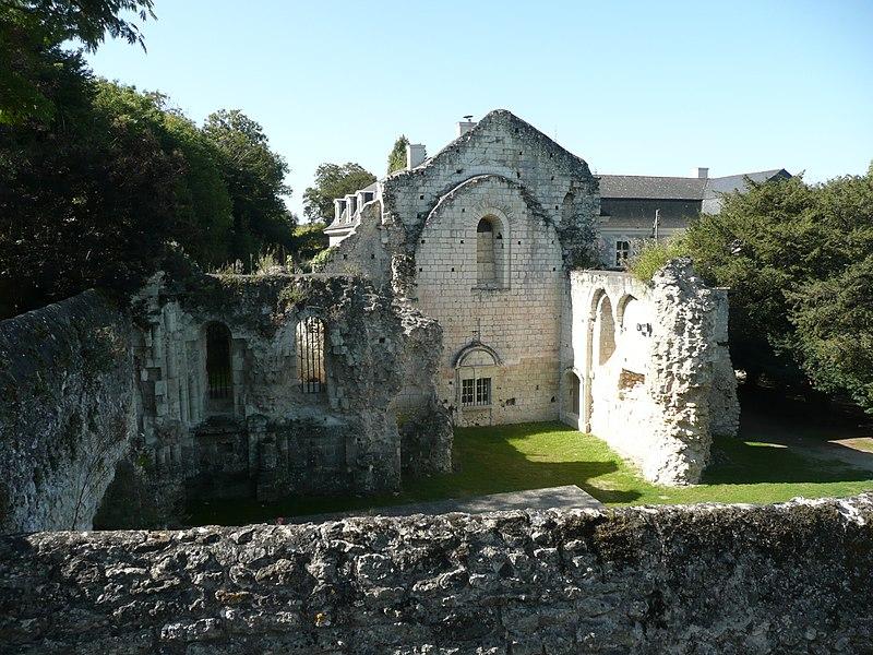 Photo du Monument Historique Prieuré des Nobis situé à Montreuil-Bellay