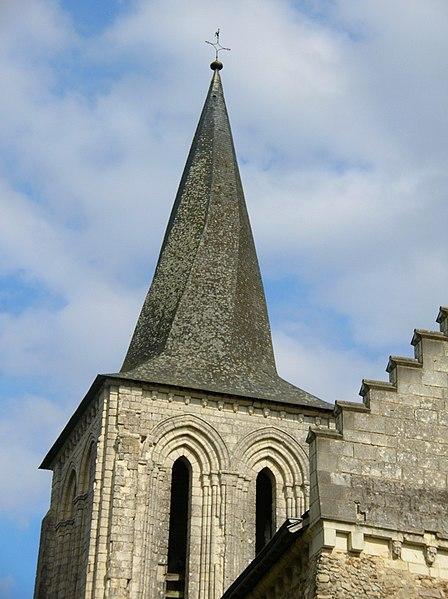 Photo du Monument Historique Eglise situé à Mouliherne
