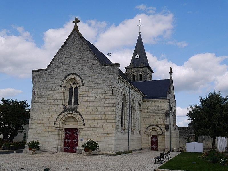 Photo du Monument Historique Eglise situé à Saint-Cyr-en-Bourg