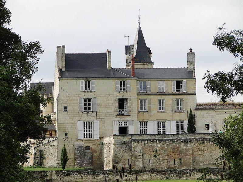 Photo du Monument Historique Château du Vieux Bagneux situé à Saumur