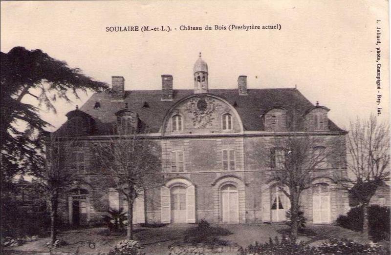 Photo du Monument Historique Château du Bois situé à Soulaire-et-Bourg