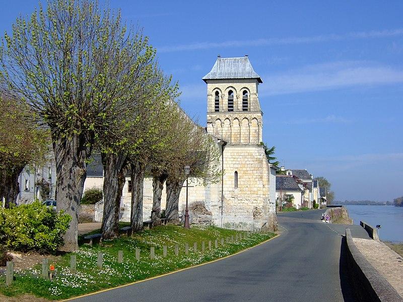 Photo du Monument Historique Eglise Saint-Charles situé à Le Thoureil