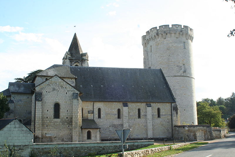 Photo du Monument Historique Eglise de Trèves situé à Chênehutte-Trèves-Cunault