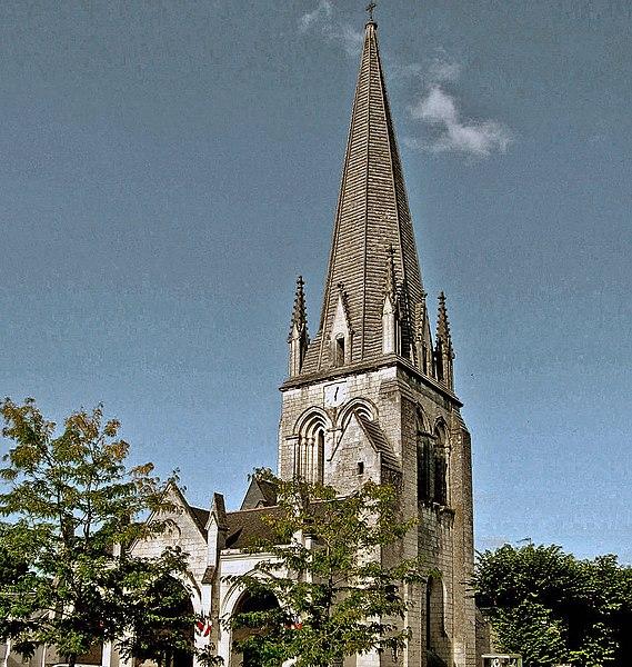 Photo du Monument Historique Eglise situé à Vernantes
