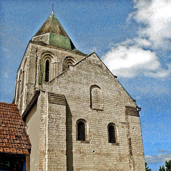 Photo du Monument Historique Eglise Saint-Vincent situé à Vernoil