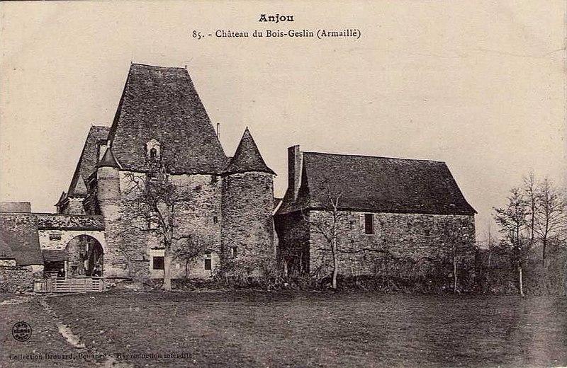 Photo du Monument Historique Château de Bois-Geslin situé à Armaillé