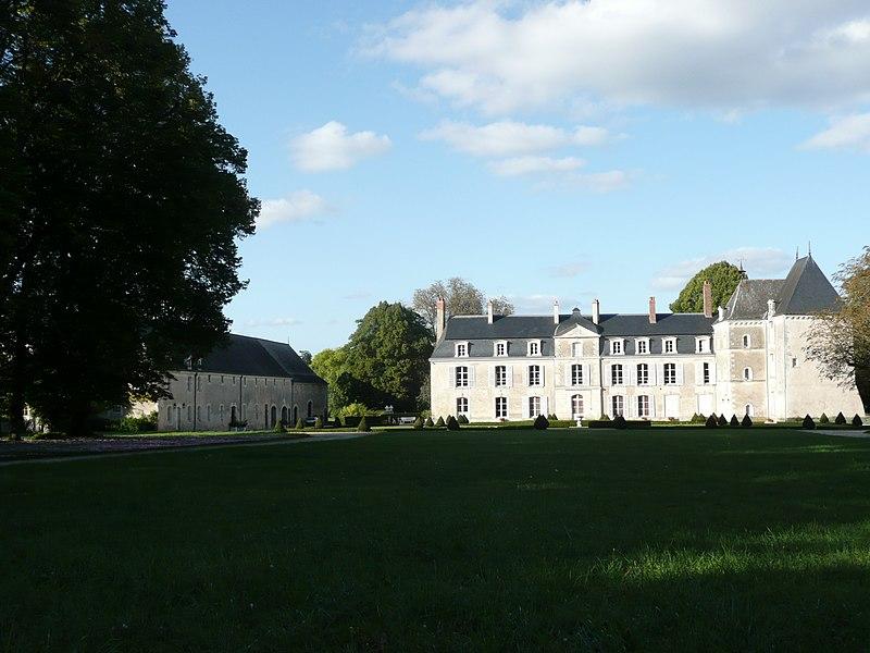 Photo du Monument Historique Château du Bouchet situé à Lasse