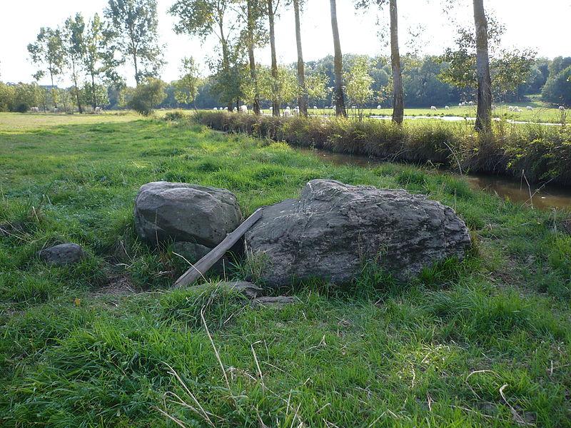 Photo du Monument Historique Dolmen de la Romme situé à Champtocé-sur-Loire