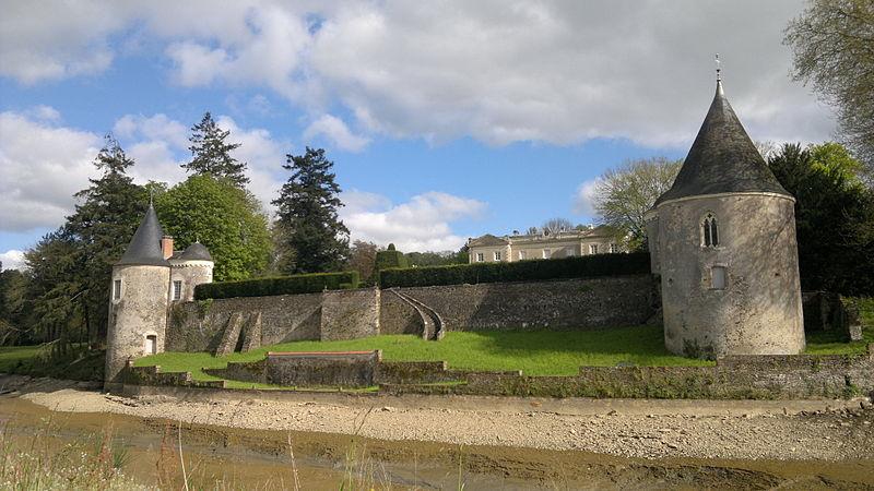 Photo du Monument Historique Château du Bas-Plessis situé à Chaudron-en-Mauges