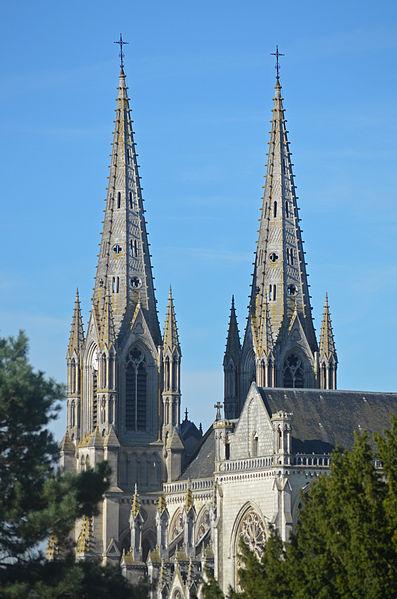 Photo du Monument Historique Eglise Notre-Dame situé à Cholet