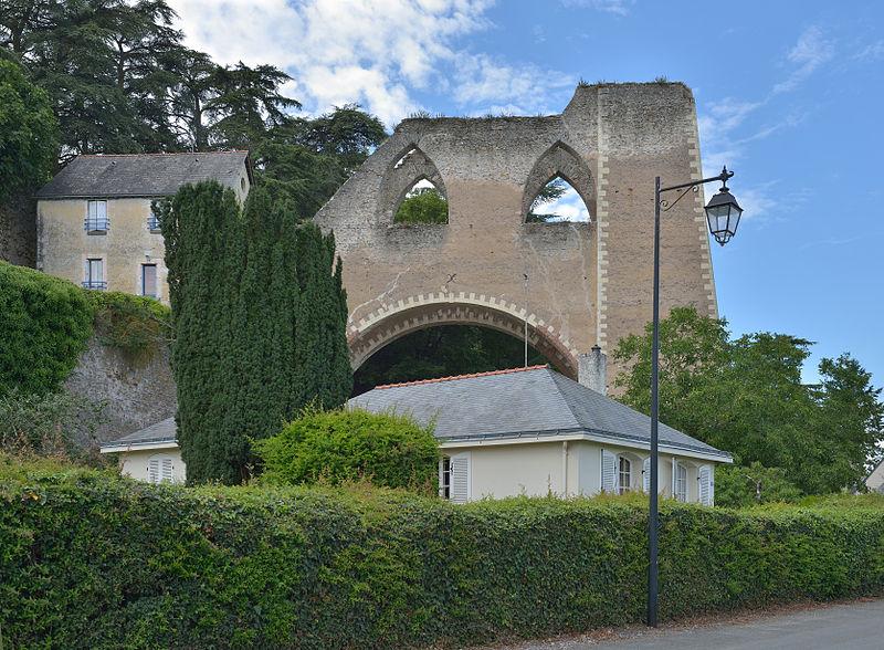 Photo du Monument Historique Ancienne mine de charbon de la Tranchée situé à Montjean-sur-Loire