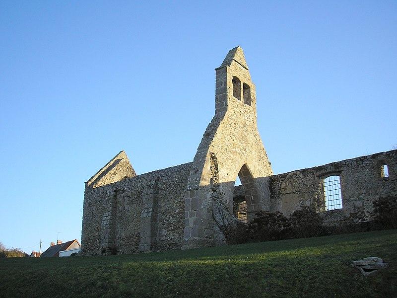 Photo du Monument Historique Ruines de l'église du Vieux Saint-Martin situé à Bréhal