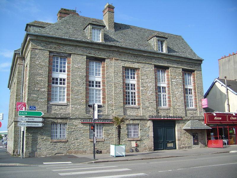 Photo du Monument Historique Hôtel de l'ancienne Douane situé à Cherbourg