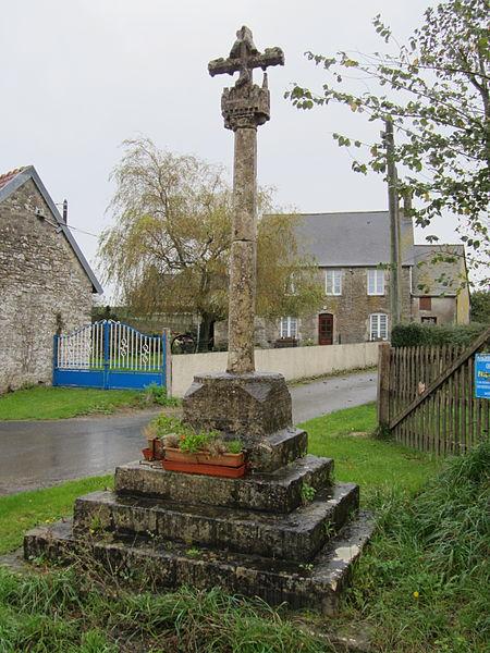 Photo du Monument Historique Calvaire à l'entrée du village situé à Eroudeville