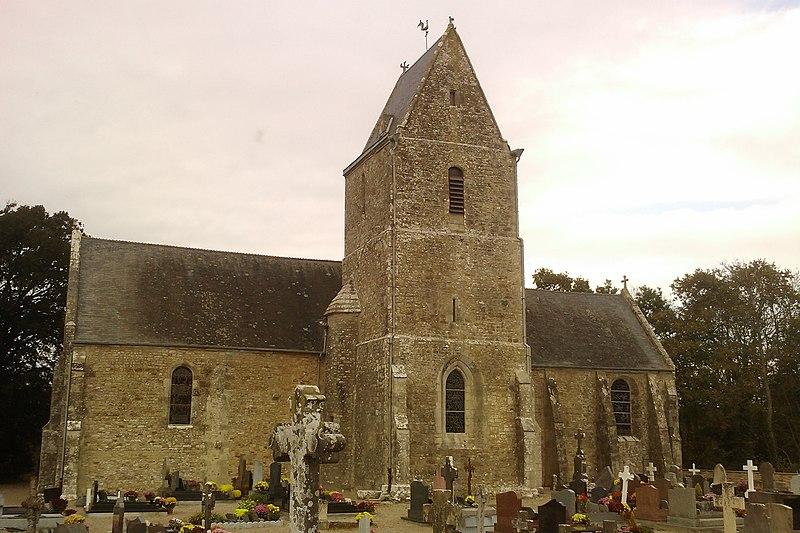 Photo du Monument Historique Eglise situé à Etienville