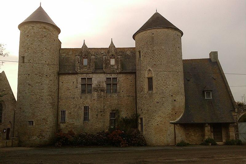Photo du Monument Historique Presbytère situé à Etienville