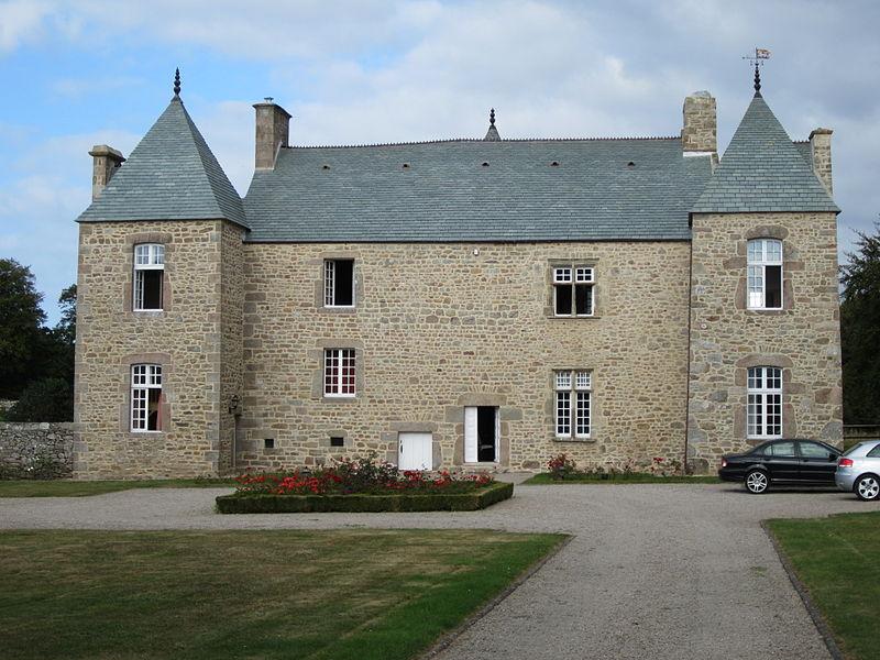 Photo du Monument Historique Manoir situé à Maupertus-sur-Mer