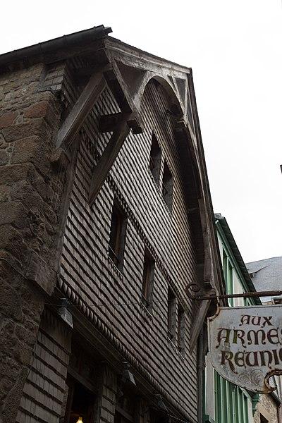 Photo du Monument Historique Hôtel du Mouton Blanc situé à Mont-Saint-Michel (Le)