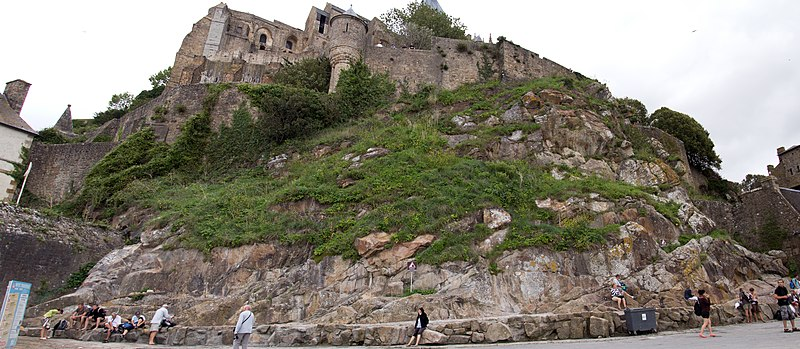 Photo du Monument Historique Immeubles et terrains situé à Le Mont-Saint-Michel