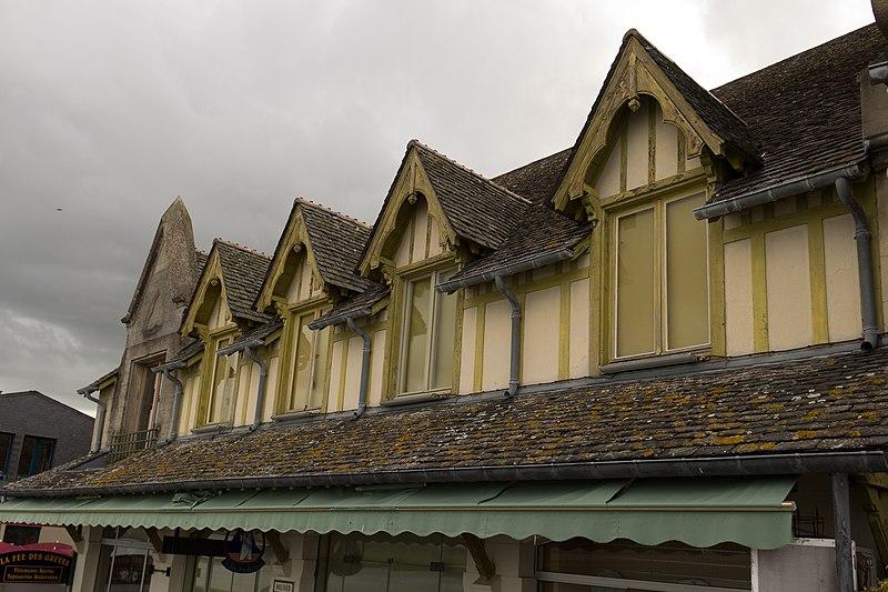 Photo du Monument Historique Maisons donnant sur la Grande-Rue et sur les remparts situé à Mont-Saint-Michel (Le)