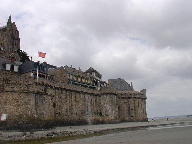 Photo du Monument Historique Remparts, enceinte de la ville et ses dépendances situé à Le Mont-Saint-Michel