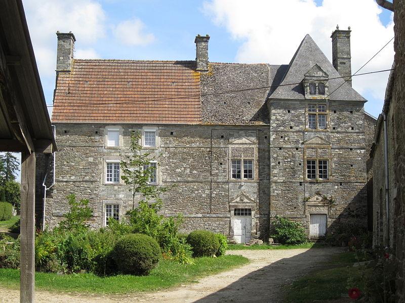 Photo du Monument Historique Manoir de Saint-Marcouf situé à Pierreville