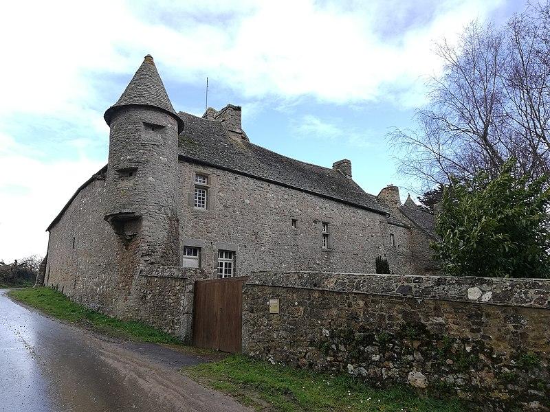 Photo du Monument Historique Manoir de Cleville situé à Le Rozel