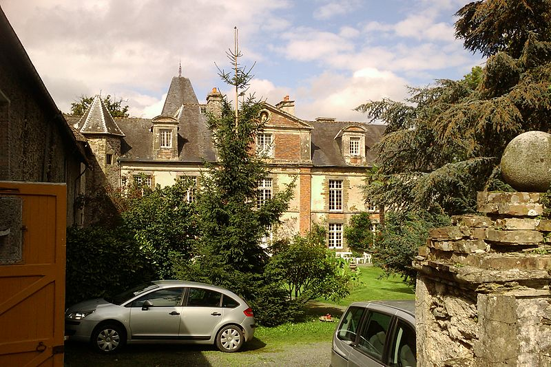 Photo du Monument Historique Manoir de Bosdel situé à Saint-Lô