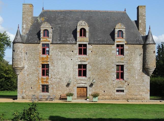 Photo du Monument Historique Logis ou Manoir de Brecquigny situé à Sartilly