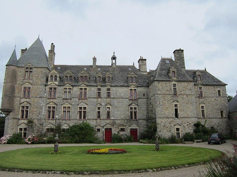 Photo du Monument Historique Château de Sotteville situé à Sotteville