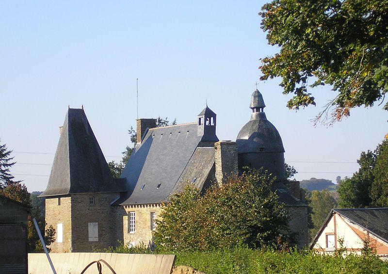 Photo du Monument Historique Manoir de la Faucherie situé à Le Mesnillard
