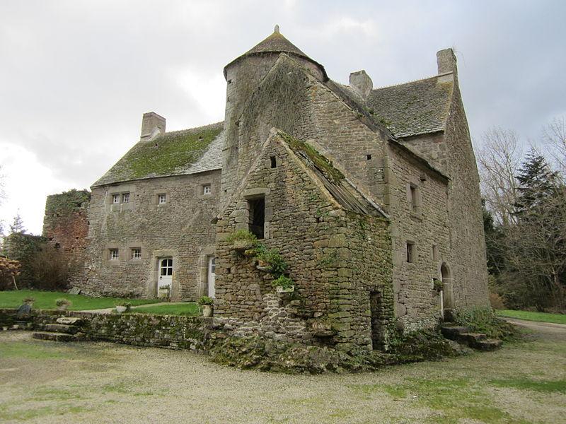 Photo du Monument Historique Manoir de Fontenay situé à Clitourps