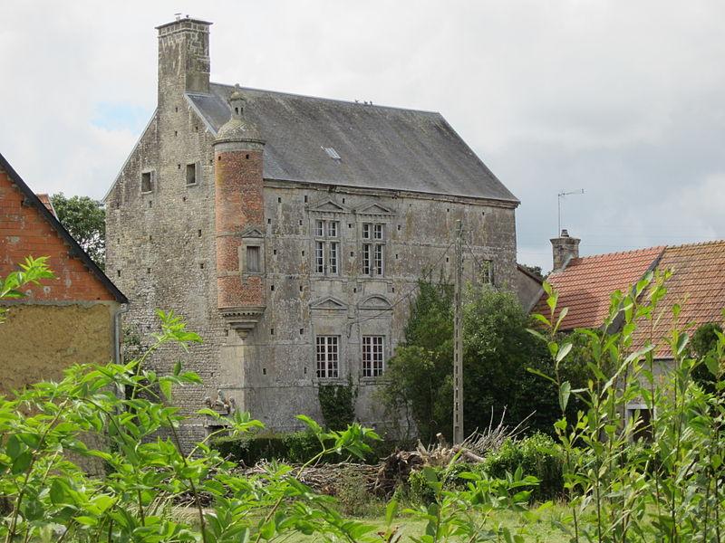 Photo du Monument Historique Manoir dit La Cour situé à Reigneville-Bocage