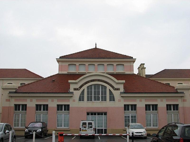 Photo du Monument Historique Ancien Hôtel Atlantique situé à Cherbourg