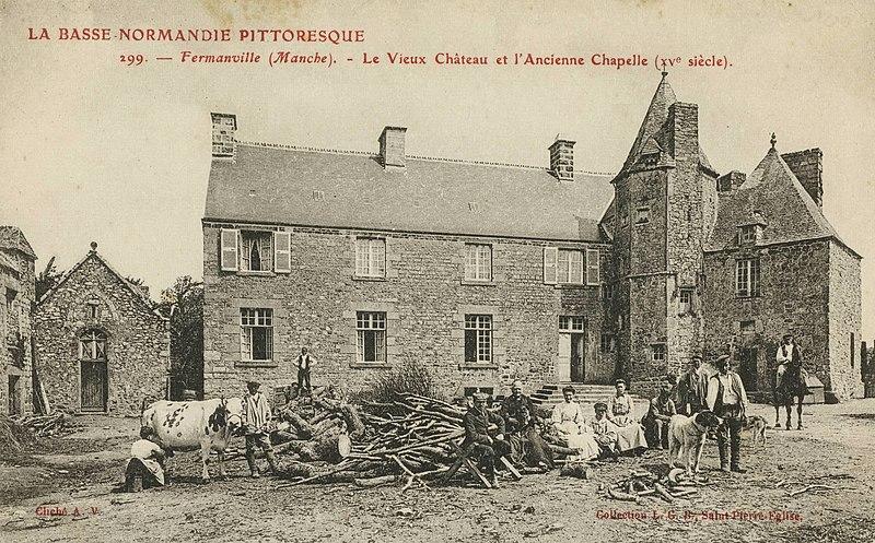 Photo du Monument Historique Manoir d'Inthéville situé à Fermanville