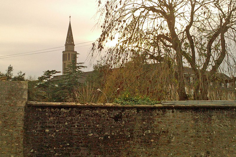Photo du Monument Historique Chapelle du Bon Sauveur (également sur commune d'Etienville) situé à Picauville