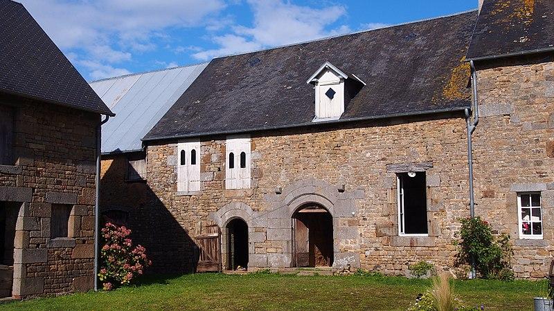 Photo du Monument Historique Manoir de Lerre situé à Grippon(Le)