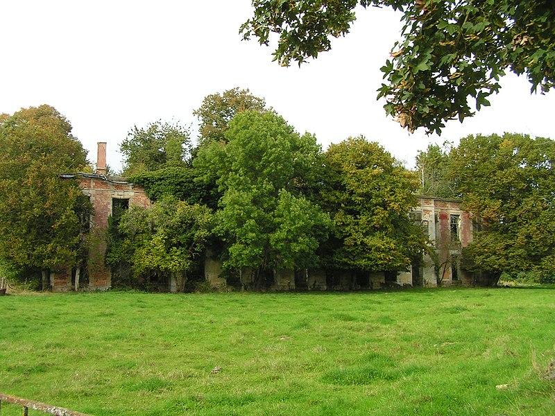 Photo du Monument Historique Abbaye de Haute-Fontaine (vestiges) situé à Ambrières