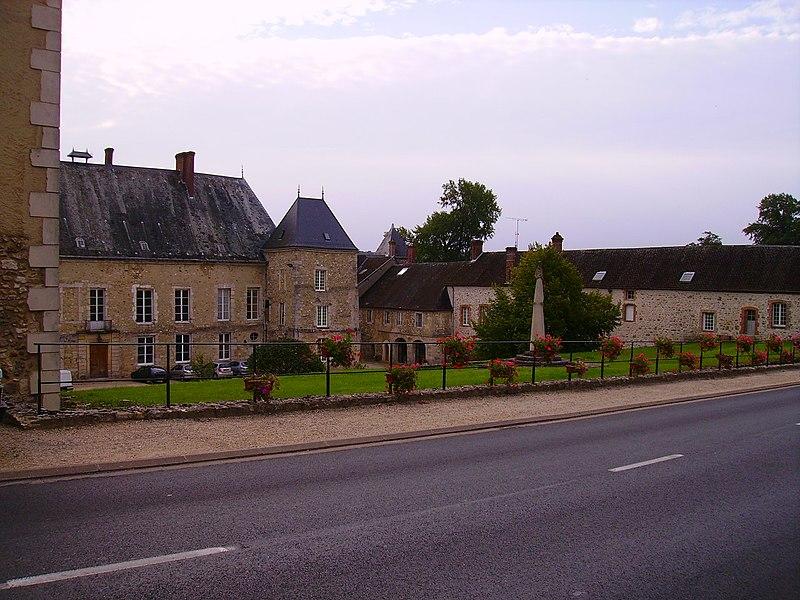 Photo du Monument Historique Château situé à Baye