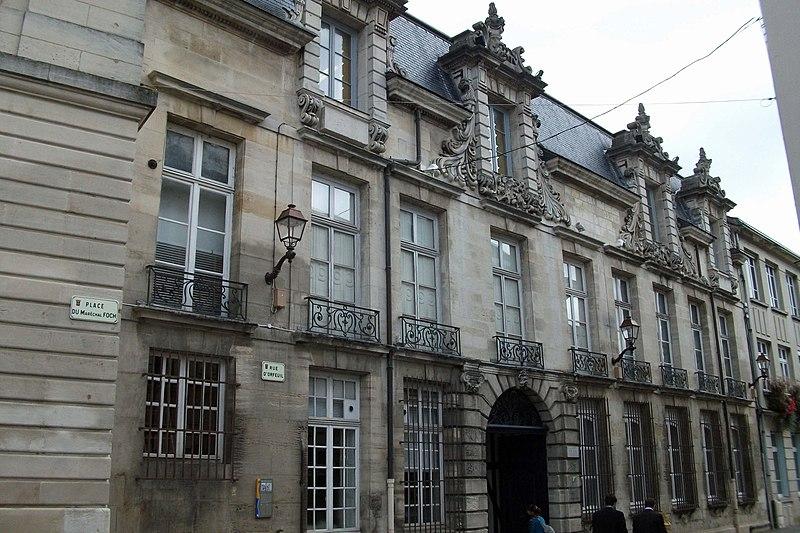 Photo du Monument Historique Hôtel Dubois de Crancé situé à Châlons-sur-Marne
