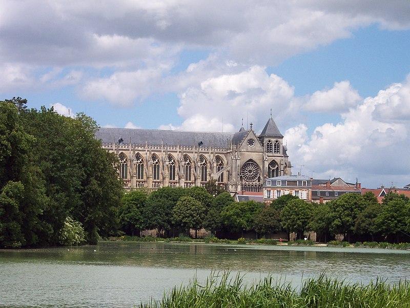 Photo du Monument Historique Cathédrale Saint-Etienne situé à Châlons-sur-Marne