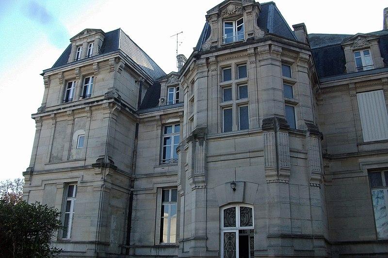 Photo du Monument Historique Château Jacquesson situé à Châlons-sur-Marne