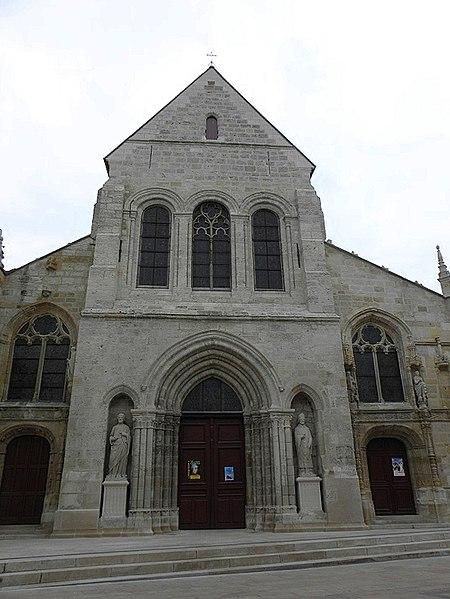 Photo du Monument Historique Eglise Saint-Alpin situé à Châlons-sur-Marne