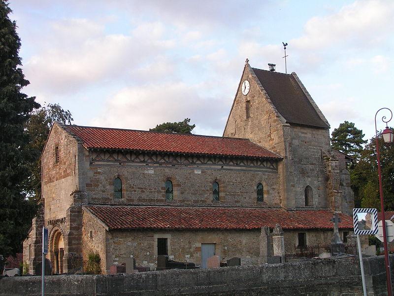 Photo du Monument Historique Eglise situé à Favresse