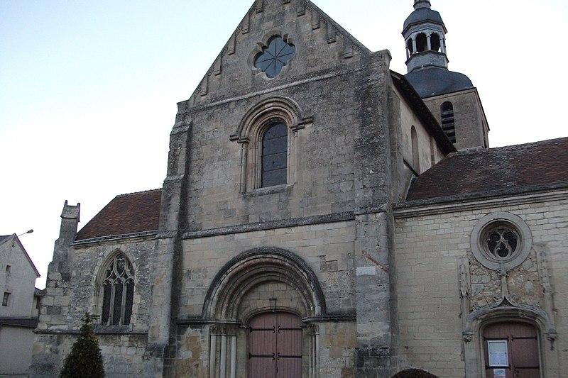 Photo du Monument Historique Eglise situé à Fismes