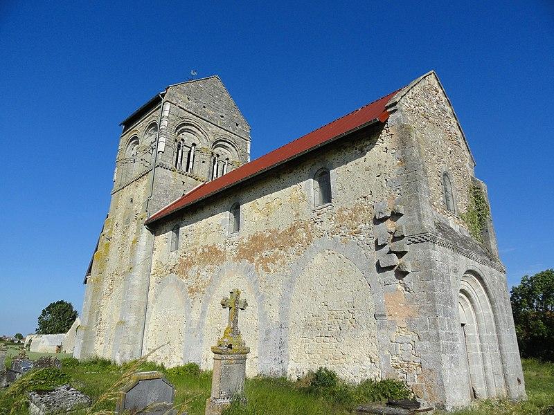Photo du Monument Historique Eglise des Istres situé à Istres-et-Bury (Les)