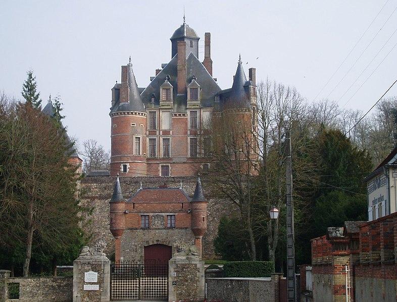 Photo du Monument Historique Château de Montmort situé à Montmort-Lucy