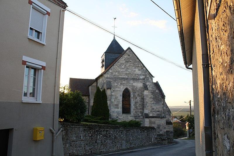 Photo du Monument Historique Eglise situé à Olizy