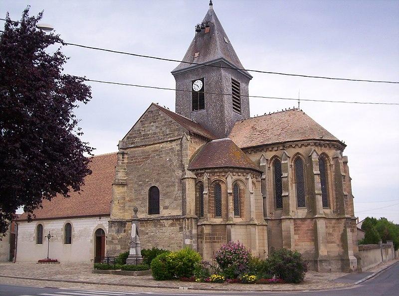 Photo du Monument Historique Eglise situé à Plivot